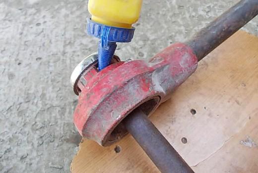 Чем и как нарезать резьбу на трубах?