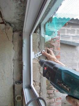 Как правильно выполняется монтаж металлопластиковых окон