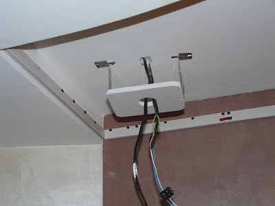 Тонкости монтажа осветительных приборов в натяжном потолке