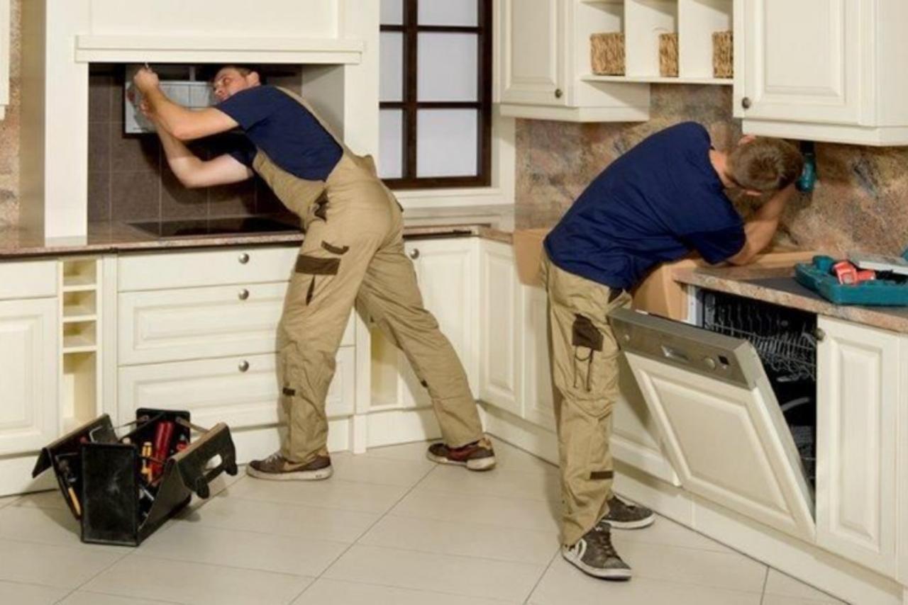 Как отремонтировать кухонную мебель?