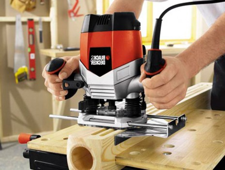 Ручной фрезер — отличный помощник при работе с деревом в домашних условиях