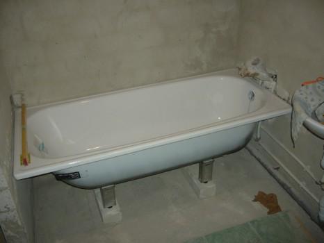 Как выполняется установка ванны своими силами